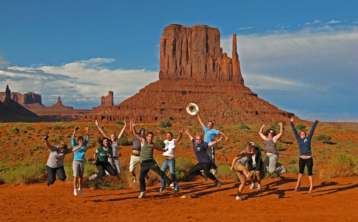 Small group adventure tour - Monument Valley