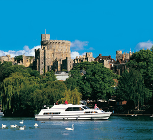 Boat on the Thames with Windsor Castle in the background