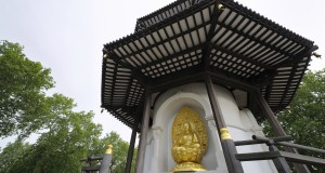The peace pagoda in Battersea Park is a popular spot for a picnic (photo: Thinkstock)