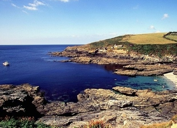 Book a group cottage break in Cornwall