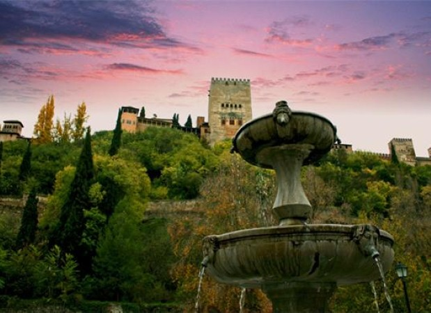 Enjoy a cultural holiday on a trip to Granada