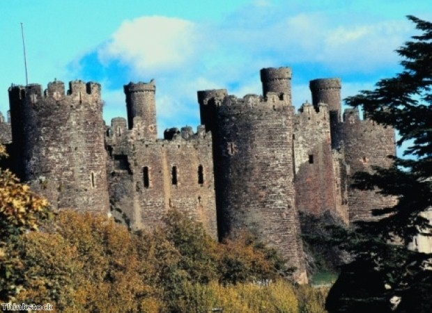 Explore the stunning Conwy Castle