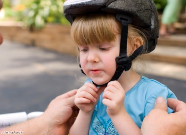 Make sure kids wear the right cycle clothing