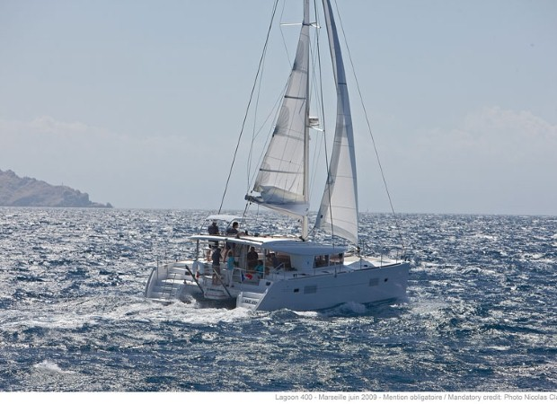 There are several kinds of sailing holiday