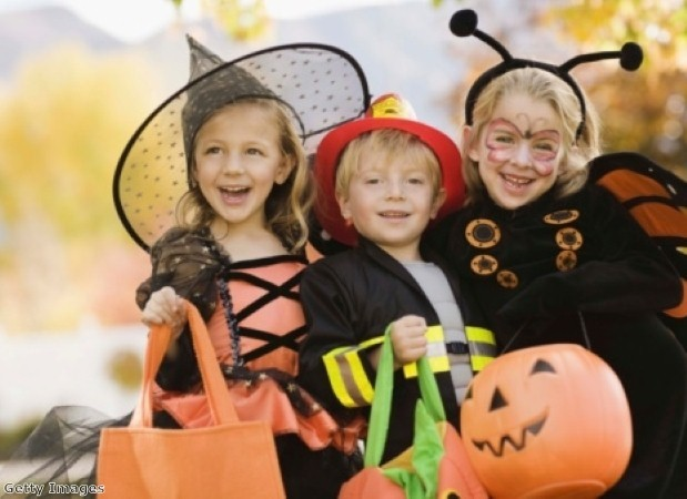 Treat your kids to Halloween on a Thames riverboat
