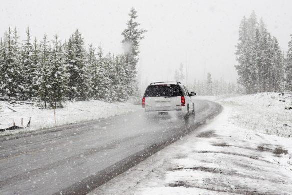 snow-1281636_1920